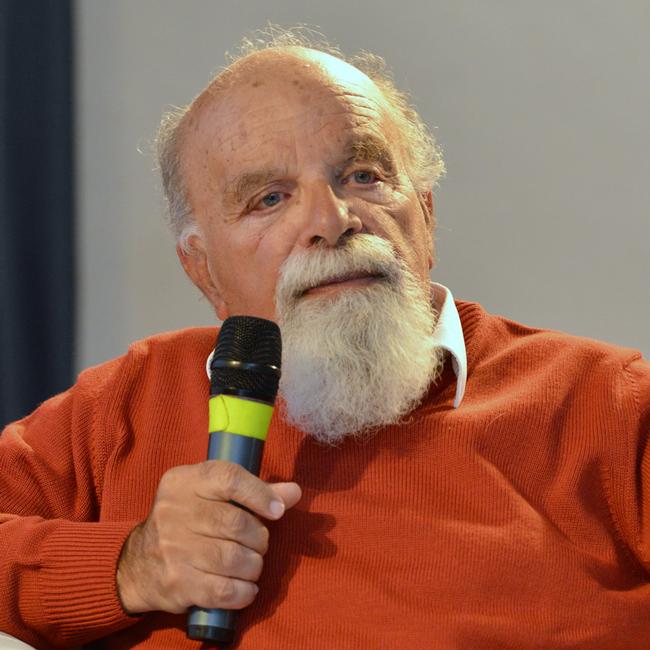 Alberto Piazza GPFF - Presidente della Fondazione Human Genetics Foundation (HuGeF - Torino) Ricercatore di fama internazionale, è professore ordinario di Genetica Umana presso l'Università degli Studi di Torino